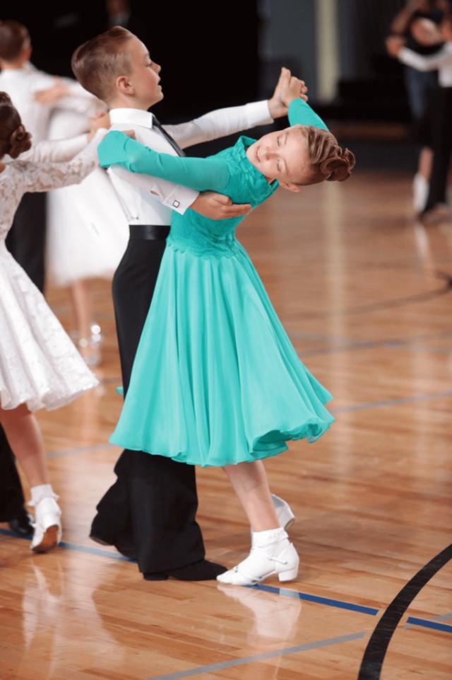 taniec towarzyski dla dzieci Pruszków